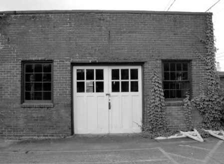 2013 012513 DOORS DSC08187 ATHENS TN garage doors industrial USEME