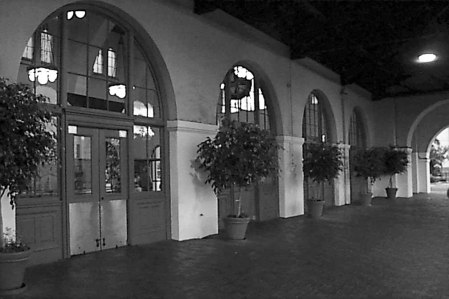 2013 012613 doors,halls Train Sta SanDiego 1994 Image  036 extSantaFe USEME