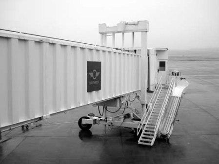 2013 012913 entrances air boarding ramp TUL 12-08 DSC08629 useme