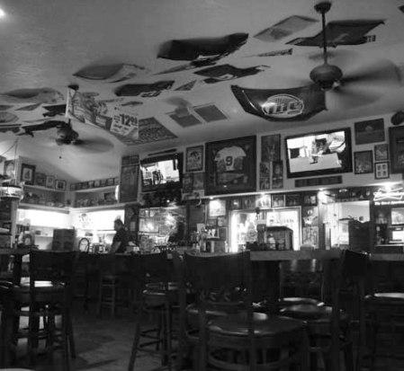 2013 030113 RESTAURANT DSC07226 COCOA BEACH restaurant shuttles useme